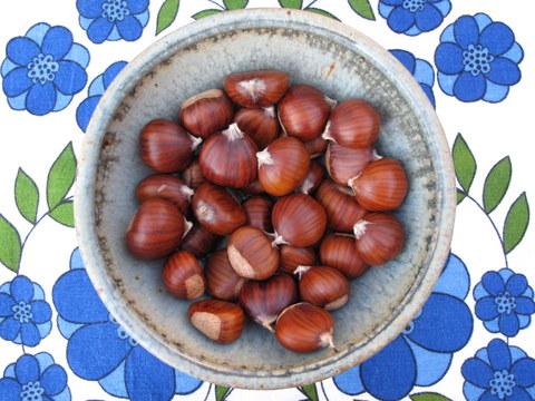 fresh marroni type chestnuts