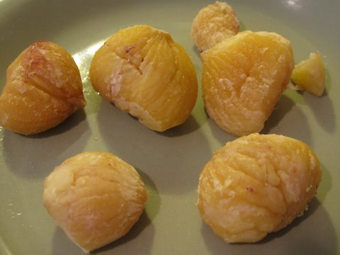 boiled, peeled chestnuts