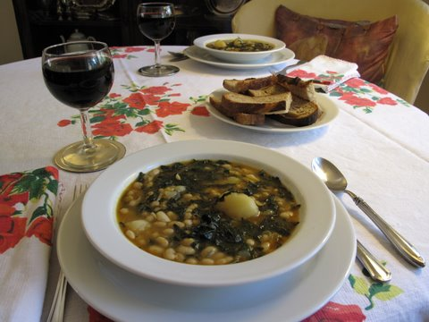 a vegetarian caldo gallego with red wine and good bread