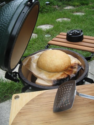 No-knead bread baking in a kamado oven, Big Green Egg, almost done.