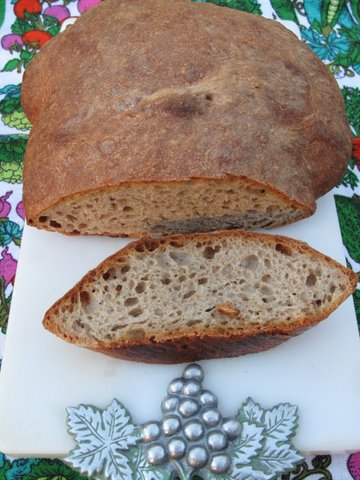no-knead Spanish/Galician rye bread, pan de centeno