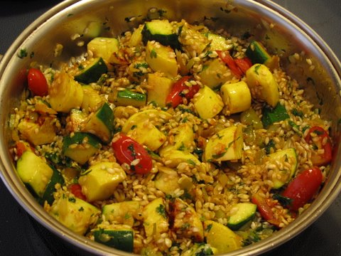 """""""frying"""" the rice for a summer squash paella, arroz con calabacines"""