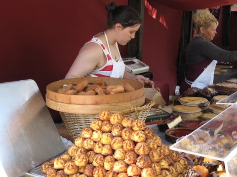 a stand selling rosquillas and other fried olive oil based Spanish pastries