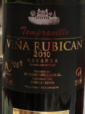 a label of Viña Rubican 2010,  a tempranillo from Navarra
