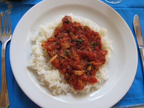 bonito y tomate, tuna and tomato sauce