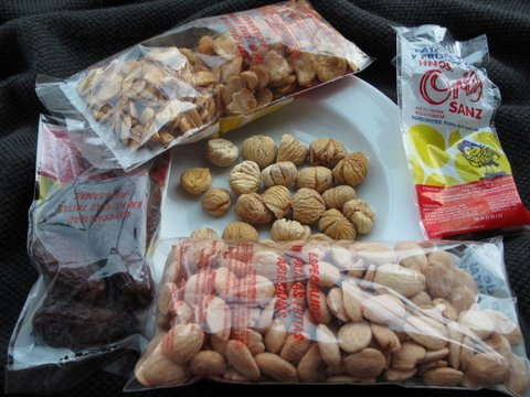 bags of dried fruits and toasted nuts from the tienda de frutos secos
