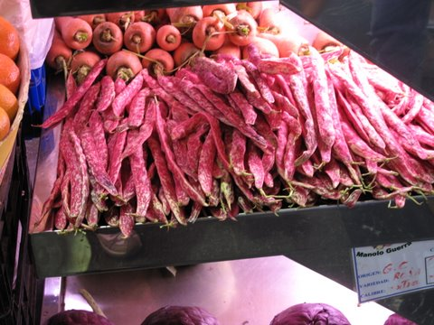 rose-colored beans and thick carrots, Canary Islands