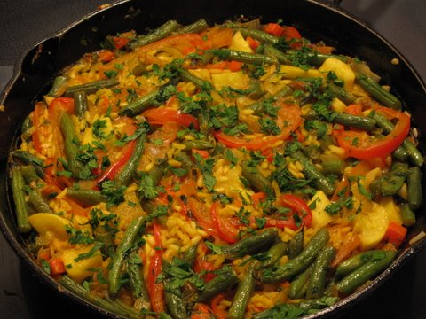 a vegetable paella