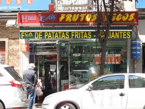 a tienda de frutos secos (dried fruits and toasted nuts store) in Madrid