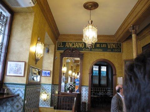 El Anciano Rey de los Vinos, a Madrid bar that serves an old fashioned sweet wine