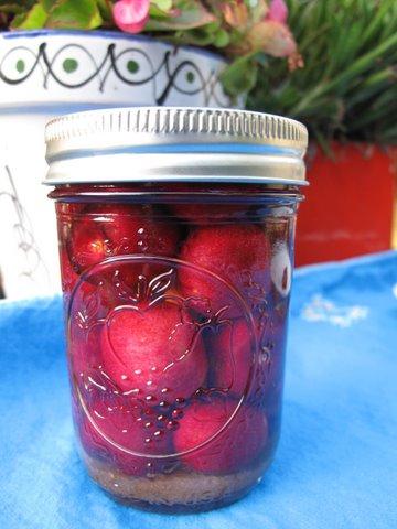 a jar of guindas al licor