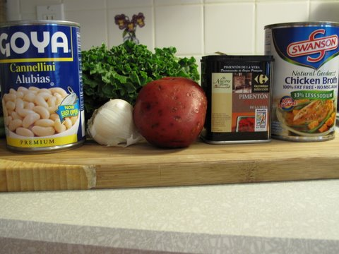 Ingredients for a 30 minute Caldo Gallego