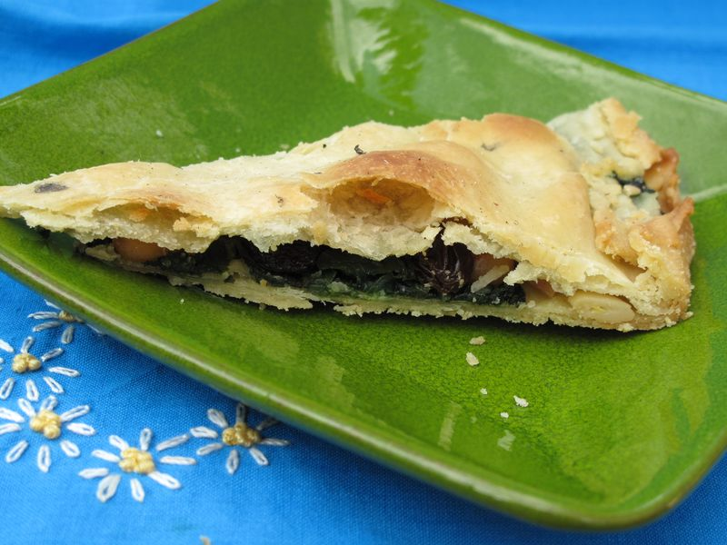 Seven spanish ways to enjoy spinach simple spanish food spinach empanada forumfinder Image collections